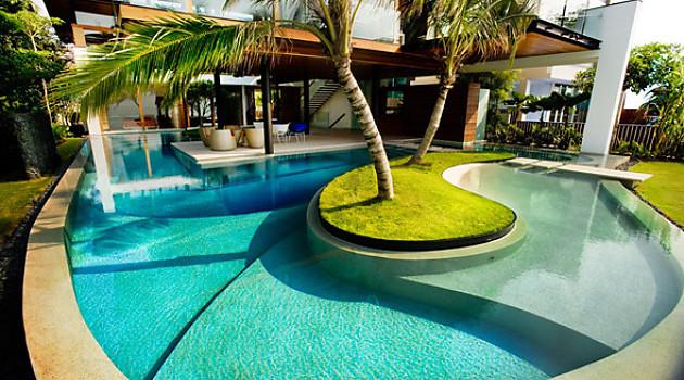 30 идей террас у бассейна, или как подготовить свой дом к лету
