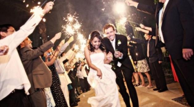 7 веселых идей для эффектного выхода на свадьбе