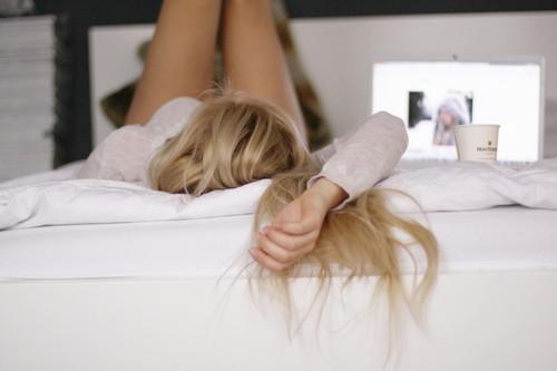 блондинки фото в постели